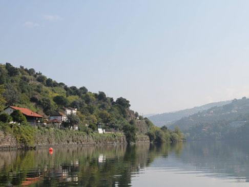 Egas-Moniz,-Serpa-Pinto-e-Eça-de-Queirós,-nas-paisagens-do-Douro-Verde