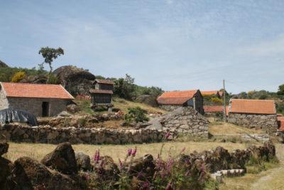 os-caminhos-de-jacinto-serra-montemuro-aldeias-tipicas-4